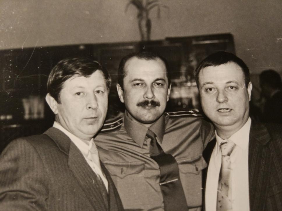 слева -  направо: Владимир Гудзенко, Владимир Осипов, Николай Слёзкин